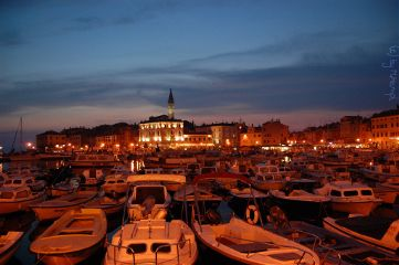 night croatia mhnec port rovinj